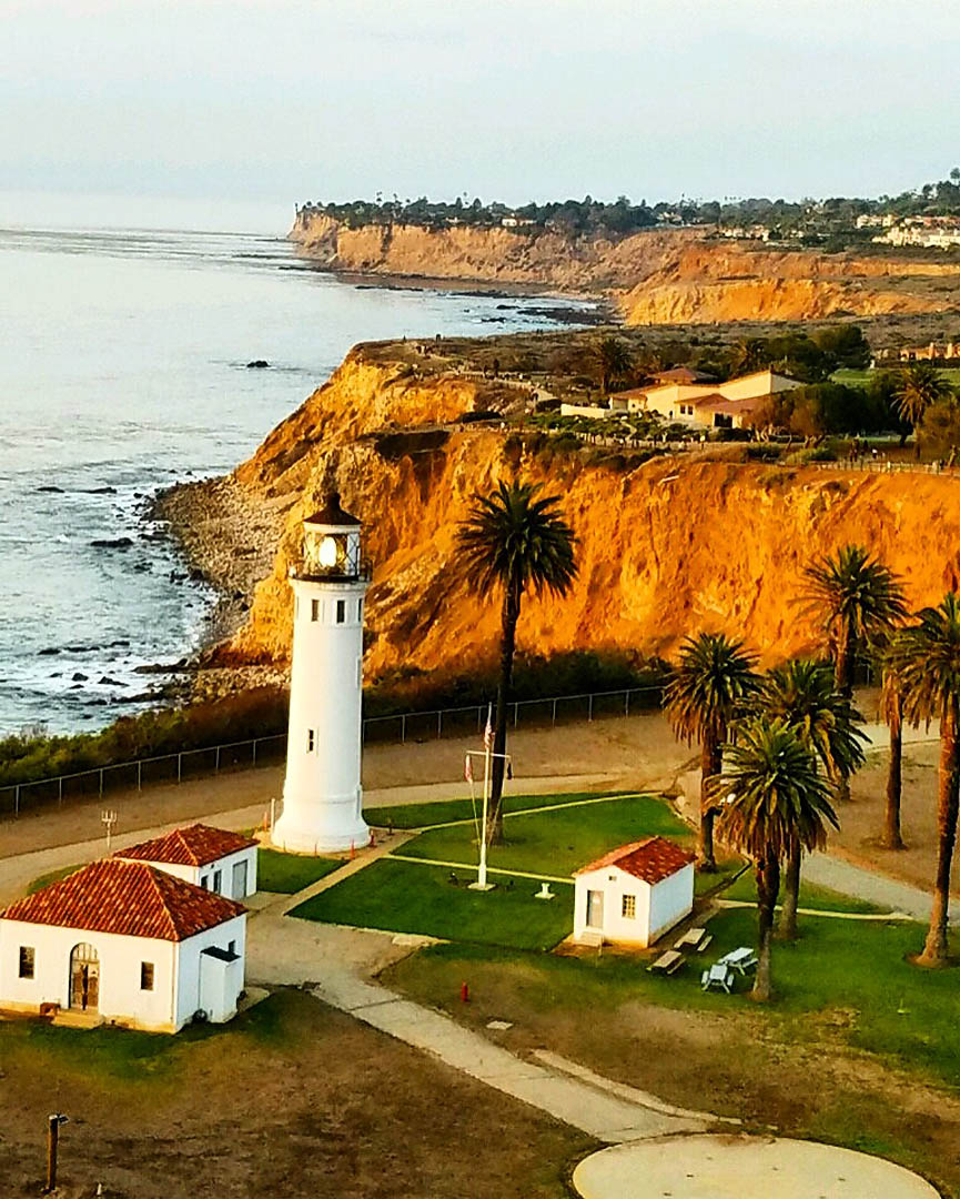 Point Vicente lighthouse. Los Angeles Helicopter Tours.