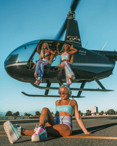 Photo shoot at Celebrity Helicopters. Los Angeles Helicopter Tours.