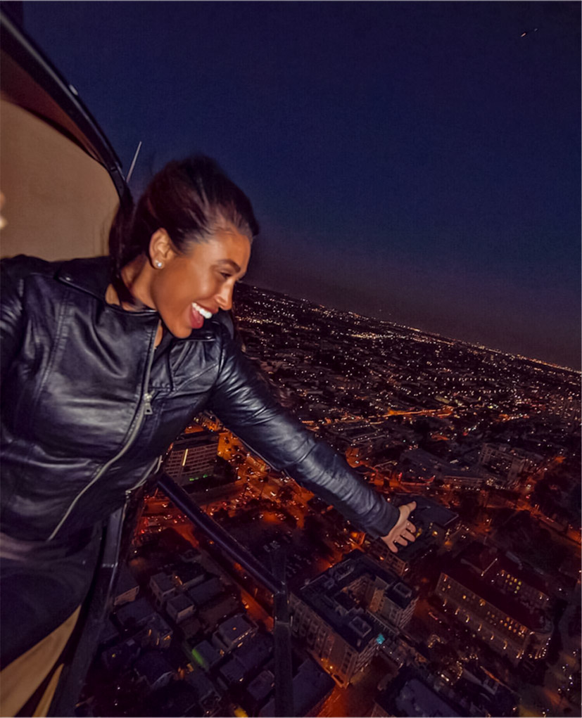 The deluxe night tour. Los Angeles helicopter tours.